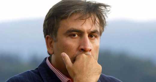 Саакашвили считает, что украинские чиновники перестали бы брать взятки, если бы имели большие зарплаты