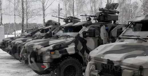 На вооружение полка «Азов» поступило шесть новых БТРов типа «Спартан»