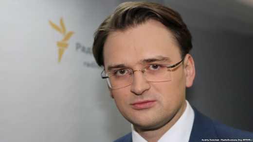 Вооружением украинской армии будет заниматься не только США, — Кулеба