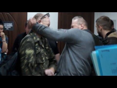 Экс-командир Айдара Сергей Мельничук устроил драку с бойцом батальона (ВИДЕО)
