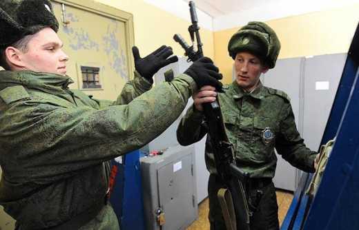 Война для Путина закончилась: Кремль из-за нехватки наемников начал посылать на Донбасс срочников