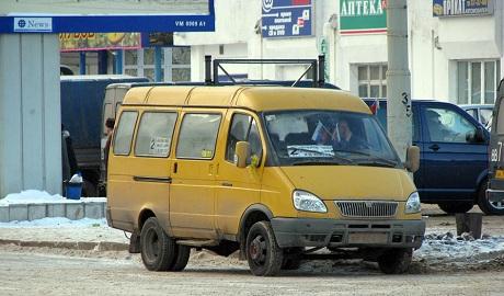 В России пьяный мужчина угнал Газель, и возил людей по городу под видом маршрутки
