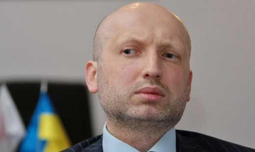 СНБО приняло решение обратиться в ООН относительно введения на территорию Украины контингента для поддержания мира, – Турчинов