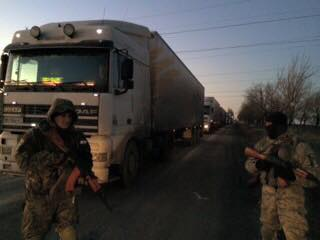 Террористы переходят на подножный корм: Украинские пограничники задержали 58 фур с едой для боевиков