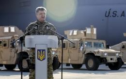 Президент поделился первыми впечатлениями о поставленных из США HMMWV