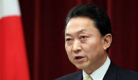 """""""Он идеальный """"лох"""", им пользуются все"""" – экс-премьера Японии предложили лишить гражданства за визит в Крым"""