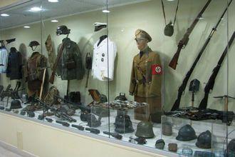 Орда отблагодарила дедов: В Донецке террористы ограбили музей Великой Отечественной войны