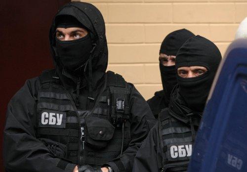 Неожиданно! Украинские спецслужбы начали массовый обыск в помещении МВД