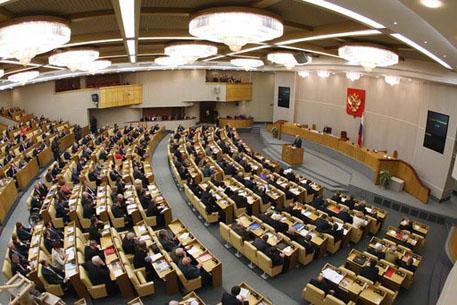 Голая нравственность россиян: Встать во время песни «Крым вернулся домой» и пренебрежительно отнестись к памяти убитого Немцова