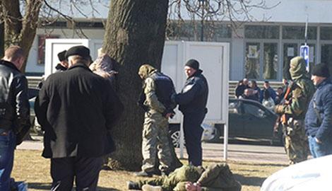 """В Хмельницке задержана группа вооруженных """"до зубов"""" людей назвавшихся бойцами АТО"""