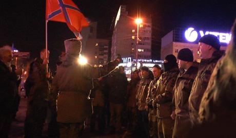 Полсотни российских оккупантов с почестями провели на Донбасс