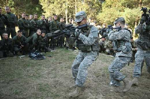 Американские инструктора прекратили обучение украинских военных