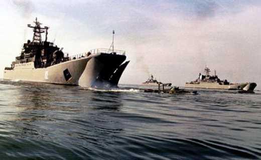 Россия готовится штурмовать Мариуполь с моря: В Азовском море сосредоточено 30 десантных кораблей РФ