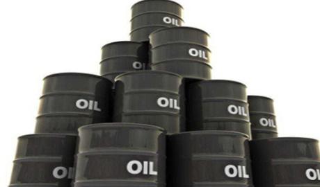 Из-за падения цен на нефть Россия в 2015 году потеряет $135 млрд