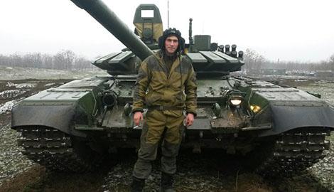 Очередные «командировочные» из РФ! На Донбассе «засветились» танки 18-й отдельной мотострелковой бригады РФ из Чечни (Фотофакт)