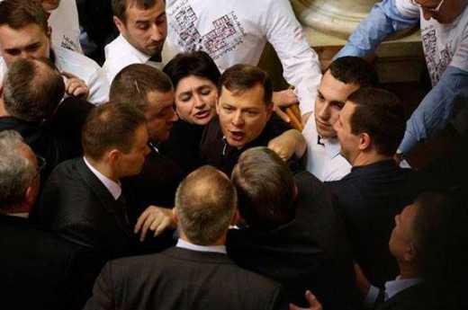 Ляшко отсрочил срок предоставления оружия Украине