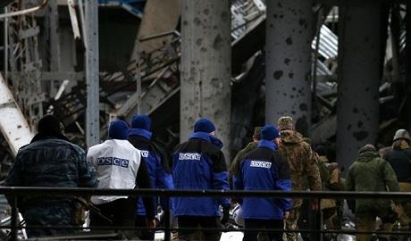 В донецком аэропорту представители ОБСЕ нашли останки людей