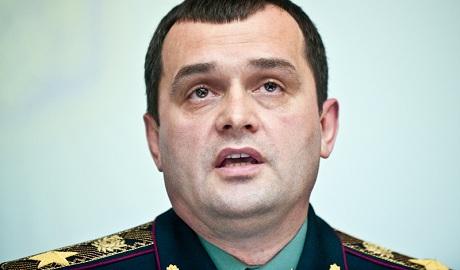 Экс-министр МВД Захарченко на российском ТВ пожалел, что не утопил Майдан в крови