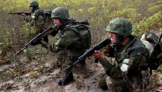 Российские десантники из Пскова уже на территории Белоруссии