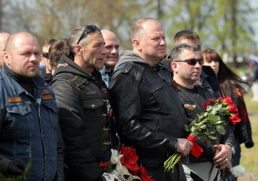 Двести мотолюбителей с РФ все же пересекли границу с Польшей, но под конвоем местной полиции