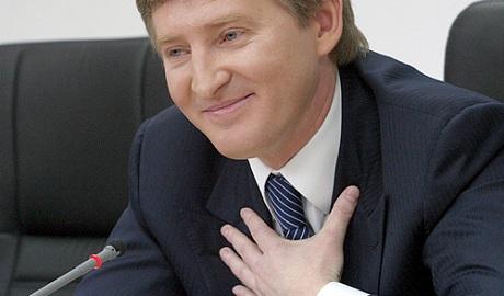 Пока президент воюет с Правым сектором, Ахметов захватил Харьковоблэнерго