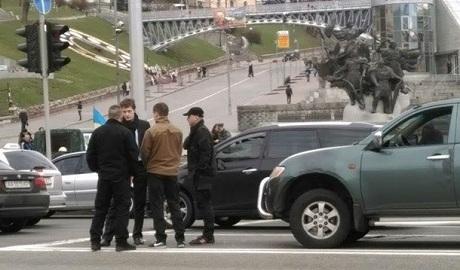 Сын президента Украины попал в аварию ФОТО
