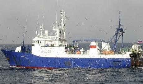 Возле Канарских островов затонул очередной российский траулер