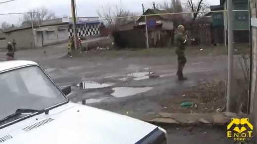 Наемники из России зачистили «ополченцев» в Антраците и выложили видео акции в сеть
