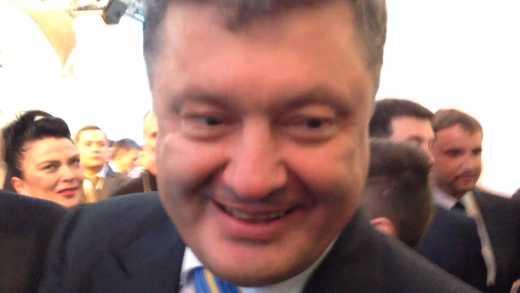"""""""А это правда, что Порошенко бухает?"""" (офисные диалоги)"""