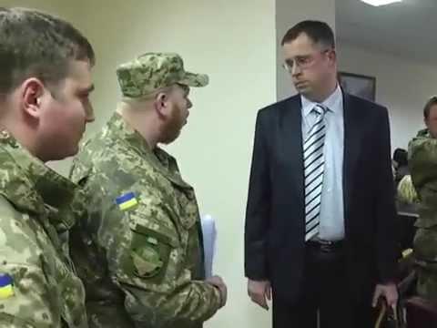 Сезон охоты открыт: В Украине обвинению в коррупции задержали еще одного чиновника, и снова публично