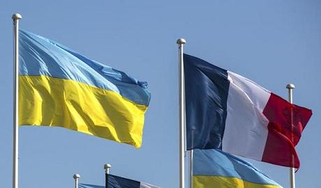 Франция будет поставлять украинской армии вертолеты и системы радиосвязи