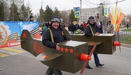 Пьяный Захарченко и боевая авиация «ДНР»: Парад в Донецке по случаю 9 мая