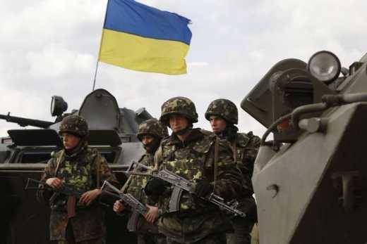 Мы ненавидели желто-голубой флаг до прошлого года, а теперь ждем ВСУ – жители оккупированного Новоазовска