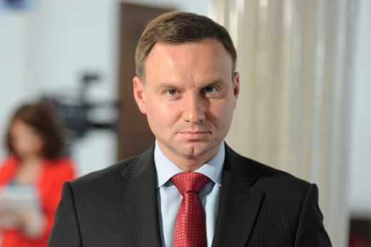 В Польше лидером президентской гонки стал политик который поддержал идею военной поддержки Украины