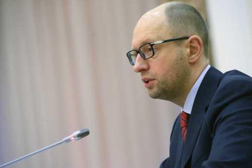 Яценюк убирает из правительства иностранцев, которые указывают на его бездарную политику