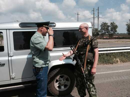 Тайное оружие Украины против РФ: Двойник Яценюка защищает Украину на передовой ФОТО
