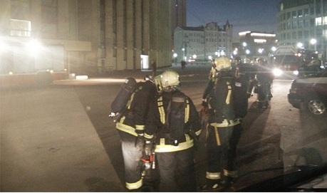 В Москве загорелся спорткомплекс «Олимпийский»
