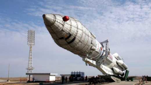 Попа, который окропил ракету уже посадили за халатность? В РФ упал очередной ракето-носитель