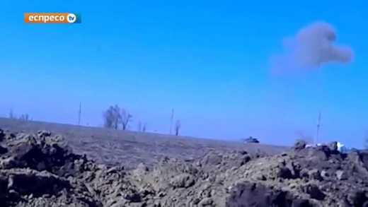 Как украинские бойцы из ПТУРа  танк террористов уничтожили ВИДЕО 18+
