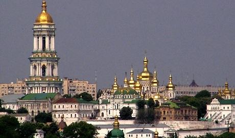 У Московского патриархата могут отобрать Почаевскую и Киево-Печерскую лавру