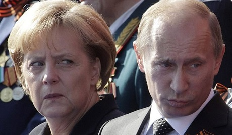 Меркель публично опустила Путина: Германию от нацистов освобождали украинцы
