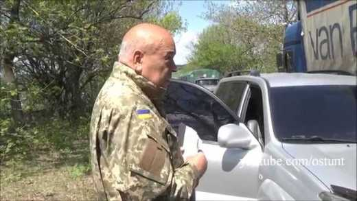 Мочу пусть пьют, а не пиво: Москаль не пустил в оккупированный Луганск фуры с пивом ВИДЕО