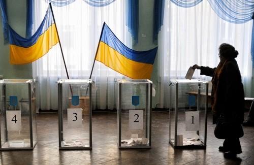Продаем страну? В новом законе, партиям моложе 730 дней запрещают участие в выборах