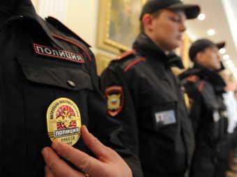 Русская стабильность: полицейский умоляет чиновника не давить его Лексусом