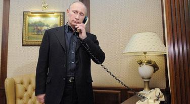 Путин неожиданно позвонил Обаме