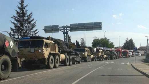 На украино-венгерской границе замечена колонна военной техники, которая пересекла границу ФОТО