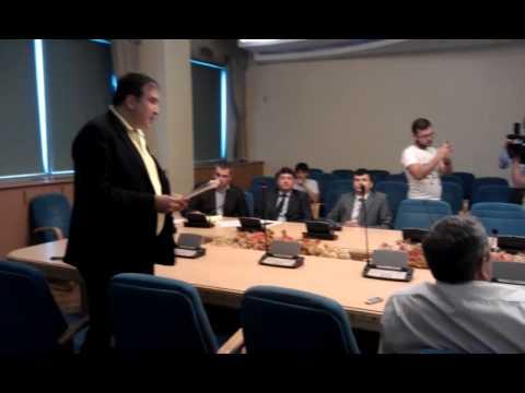 """""""вы продали государственный интерес"""" – Саакашвили разносит главу Госавиаслужбы"""