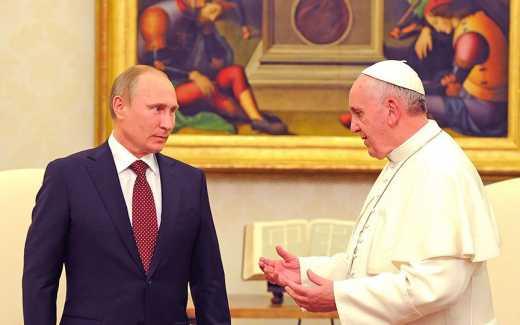 Epic fail: Путин не получал от Папы никакой медали