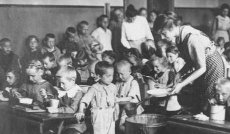 Благодарности нет: США всегда кормили голодную Россию ФОТО