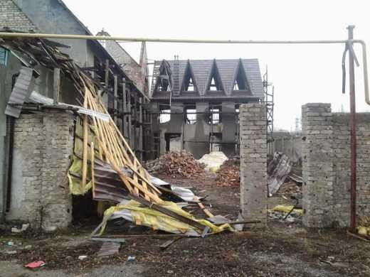 Боевики обстреляли Пески, украинская артиллерия открыла ответный огонь